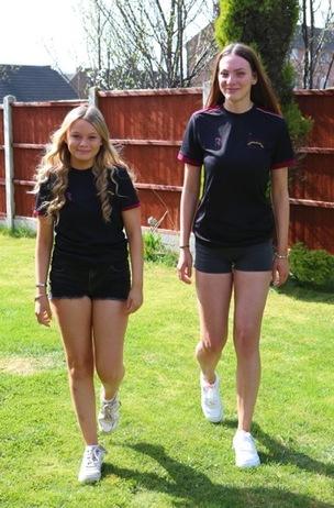 Main image for Teen duo raise cricket cash