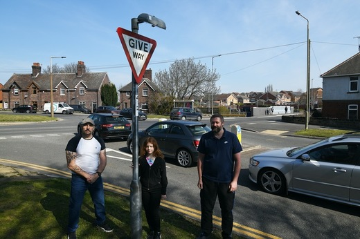 Main image for 'Danger' road doesn't qualify for anti-speeding measures