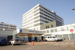 Main image for No bonus for hospital staff