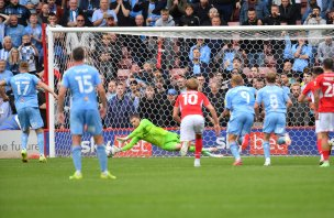 Main image for Brad dedicates penalty save to fans after winning return