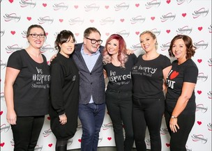 Main image for Slimming World consultants meet Alan Carr