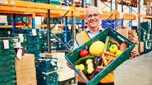 Main image for Surplus food feeds hungry residents