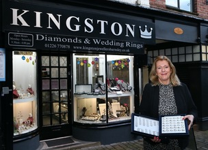 Main image for Town centre jeweller marks 40th anniversary