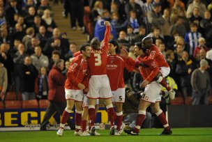 Main image for Heroes of 2008 wish Barnsley success against former team-mate Moore's Owls