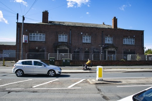 Main image for 'Eyesore' pub's demolition supported