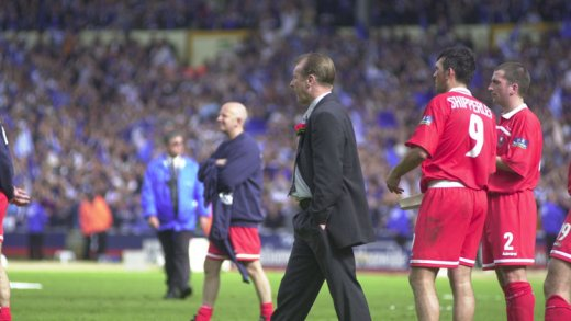 Main image for Bassett proud to manage Reds at Wembley after chances to leave