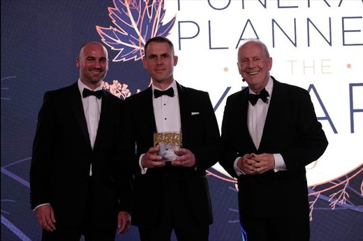 Main image for 'Top planner' gong for funeral director