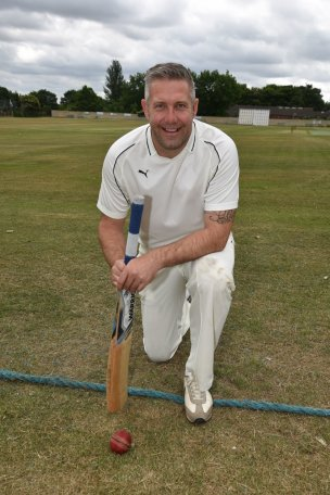 Main image for Ex-Reds to play cricket at Darfield for mental health charities